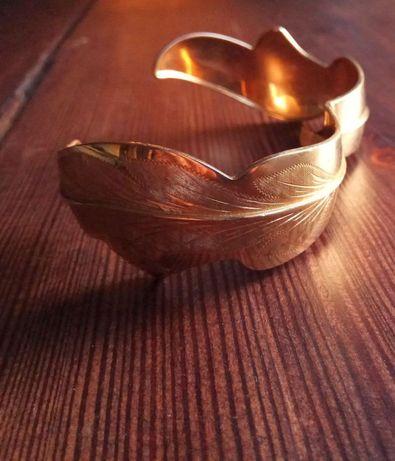 Antyczna złota bransoleta
