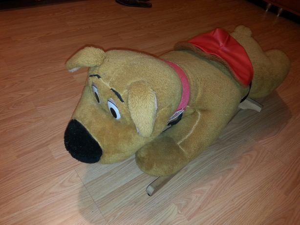 Duży pies do bujania na biegunach scooby doo nie konik