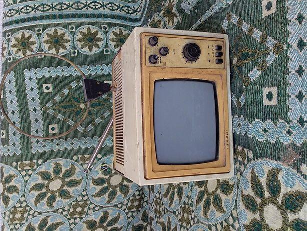 Телевізор совитський