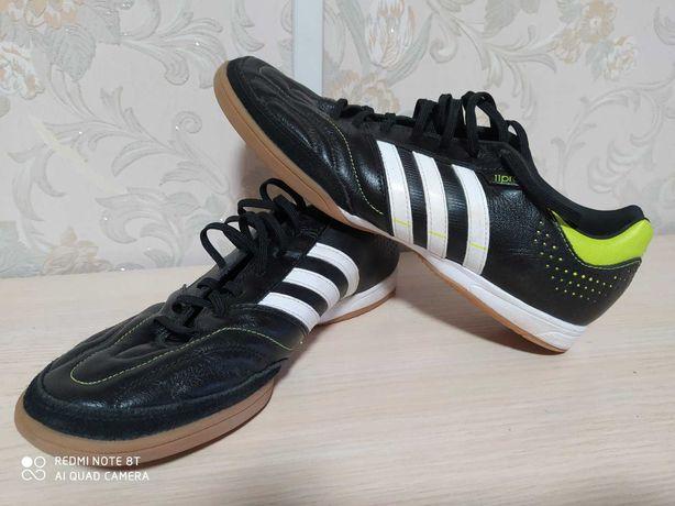 Футзалки Adidas PRO11