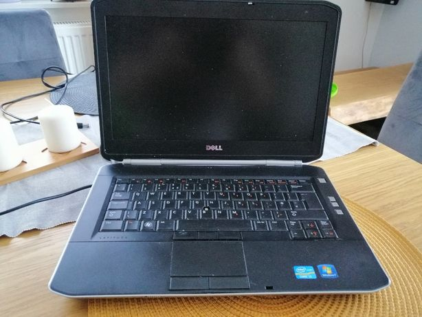 Sprzedam laptop DELL P16G 250gb i3