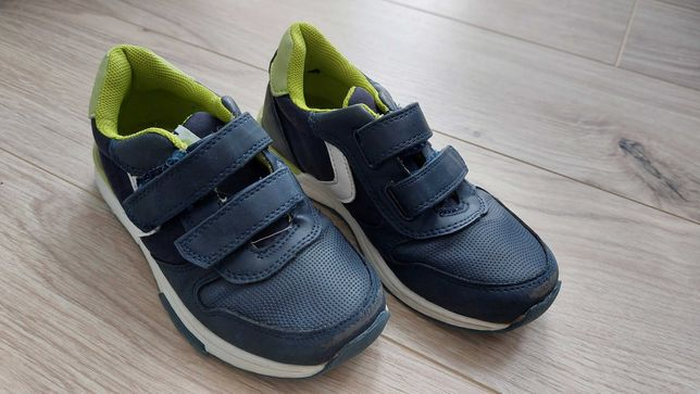 Buty chłopięce 29