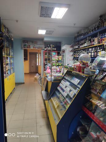 Приміщення магазину продовольчої групи Соборна,Ювілейний 42000