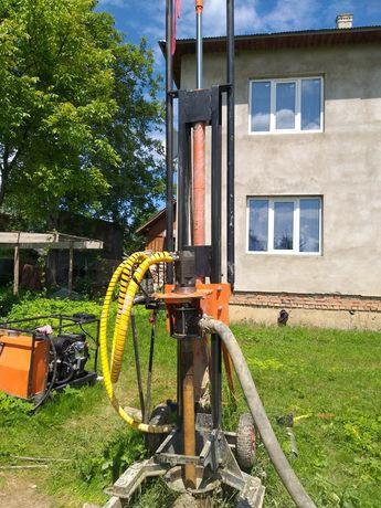 Малогабаритна гидравлическая бурова установка