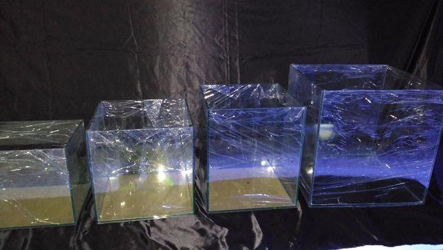 Aquario cubo 30x30x35 em vidro 6mm novo
