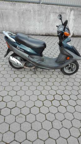 Scooter kymco motor 4 tempos