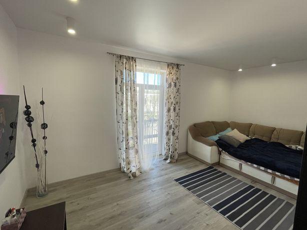 Продам 3 кімнатну квартиру біля центру міста ( Сталінка Євроремонт )