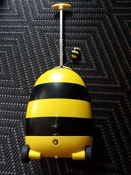 Walizka pszczółka dla małego podróżnika.