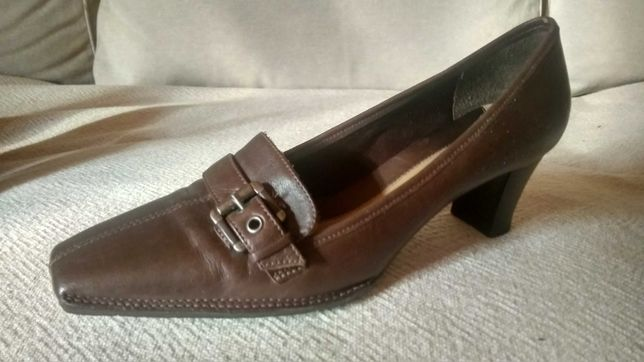Buty skórzane Clarks rozmiar 38,5
