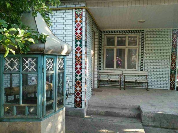 Гарний будинок чекає нового господаря у м. Борщів