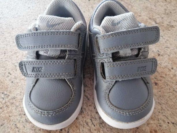 Buty dziecięce Nike 21