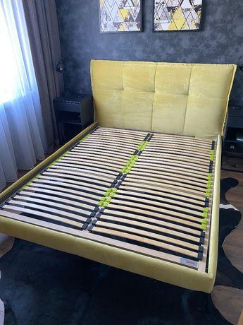 Łóżko tapicerowane 160x200 + stelarz + materac 160x200