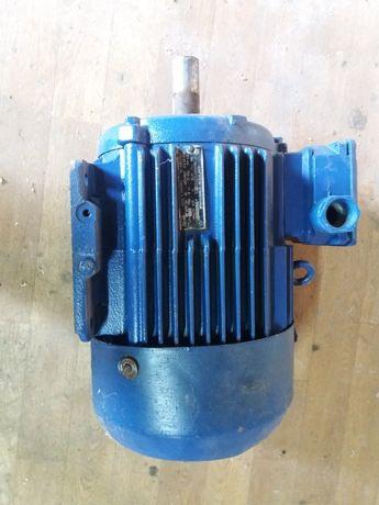Продам електродвигатель
