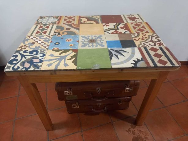 Mesa Azulejos Vintage do Arquiteto Carvalho Araújo