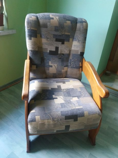 3 Fotele w dobrym stanie
