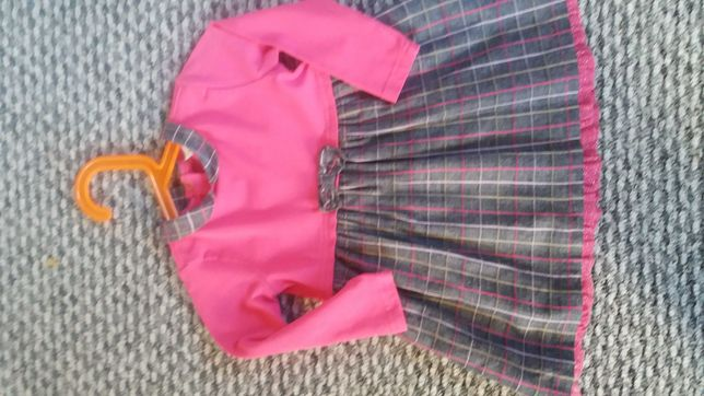 Piękna i wygodna sukienka dla dziewczynki. Rozm. 80