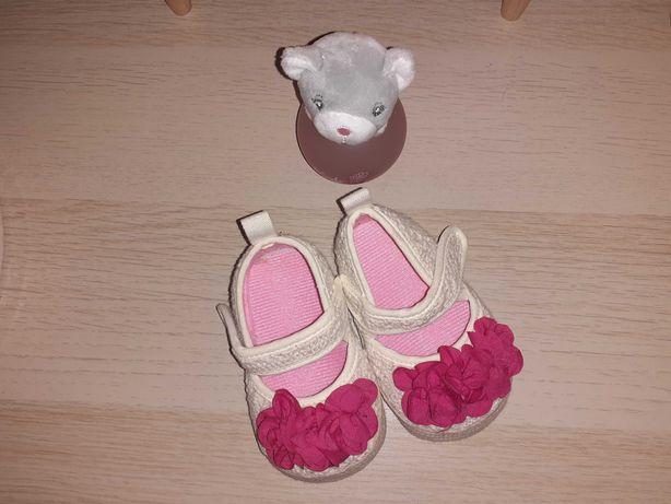 Sapatos bebé menina