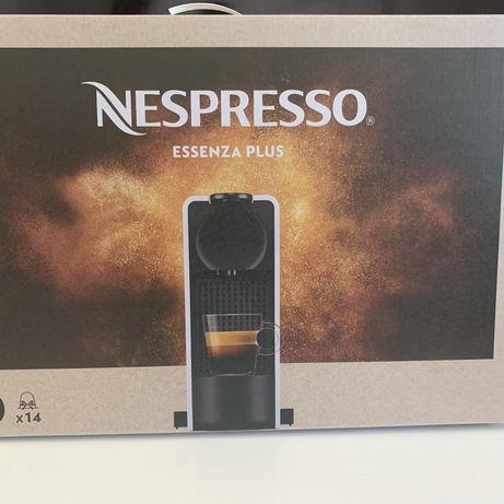 Nespresso Essenza Plus - NOVA