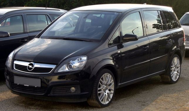 Opel Zafira b 1900 Cdti 7 lugares preta só para peças