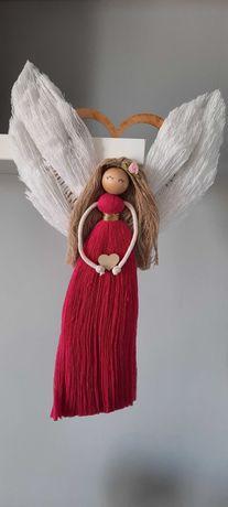 Aniołek z makramy