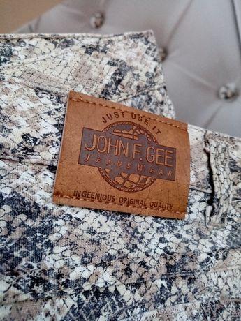 JOHN F. GEE - Spodnie wężowy wzór - XS/S