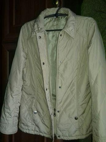 48-50 размер демисезонная куртка женская курточка весенняя.