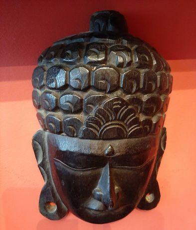 Sprzedam maski afrykańskie.