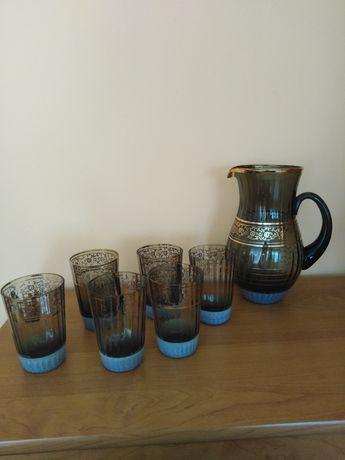 Komplet 6 szklanek + dzbanek
