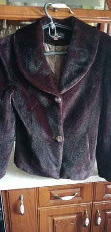 Курточка, пальто, плащик короткий