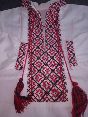 Рубашка вышиванка ручная вышивка на 2-4 года