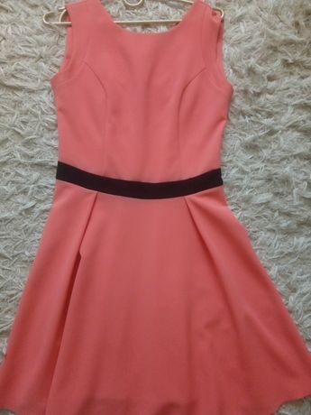 Sukienka malinowa 36
