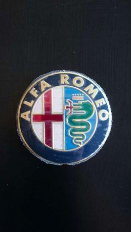 Vendo símbolos Alfa Romeo