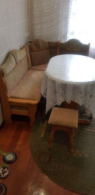 Кухонный уголок комплект, стол дерево расскладной