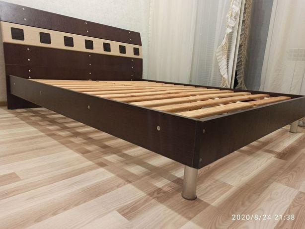 Кровать (спальная)