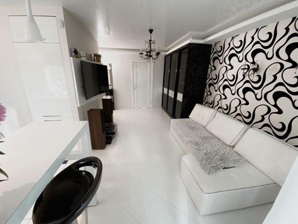 Продаю свою 2к квартиру 45 кв. м, Кірова (дом УЮТ)