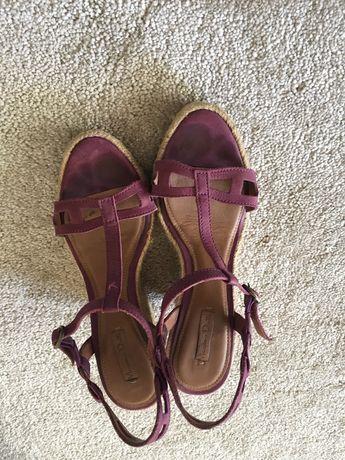 Sandálias de cunha Massimo Dutti tamanho 35 como novo