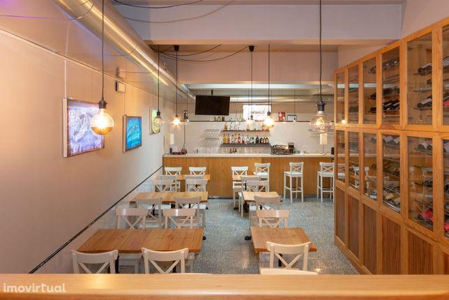 Trespasse de Restaurante Pizzaria remodelada em Arroios, Lisboa.