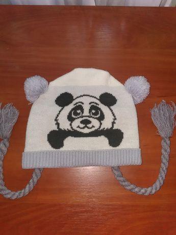 Тёплая шапка на 4 - 5 лет, осень - весна для девочки
