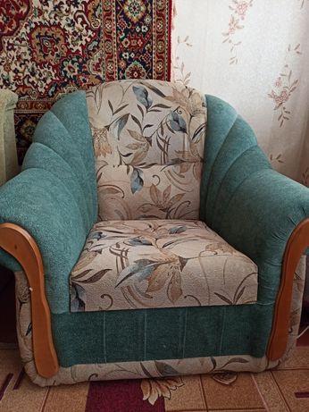 Продам удобное кресло.