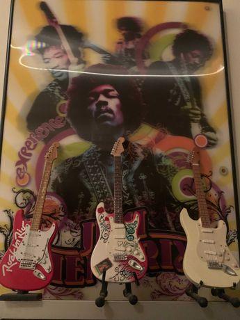 3 Guitarras em miniatura