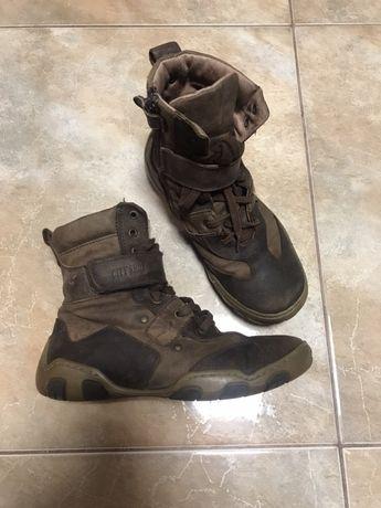 Взуття шкіряне 32 р черевички Ботинки кеди