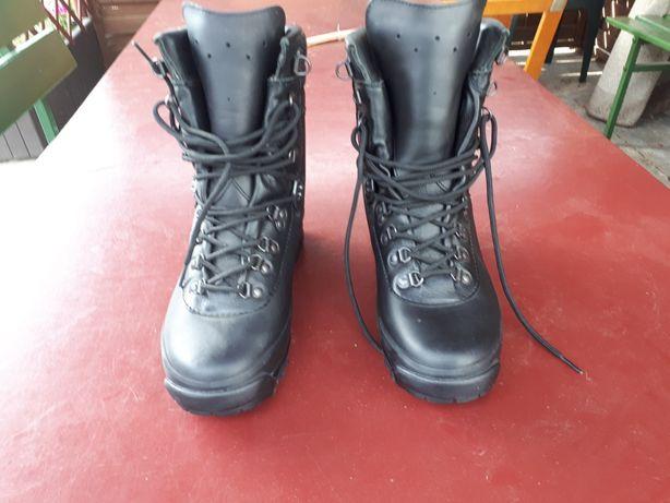 Buty wojskowe Nowe nie używane rozm. 25.5 (40)