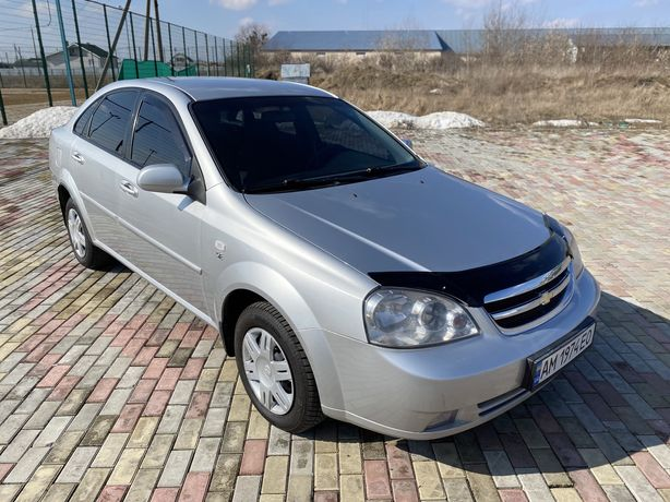 Chevrolet Lacetti SE 2012 1.6 Официальная.