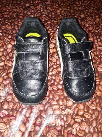 Кроссовки Пума . Для самих маленьких.  14.5 См