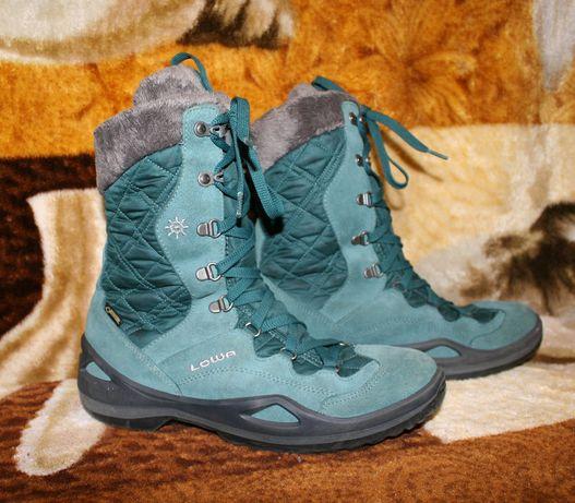 Зимние женские ботинки сапоги Lowa Barina GTX,Gore-Tex.