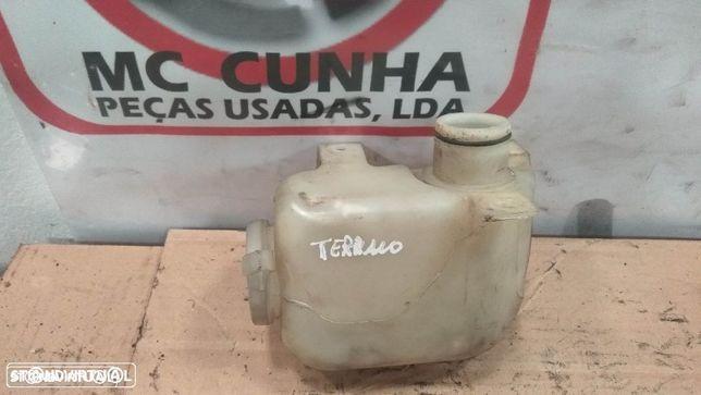 Depósito agua limpa-vidros Terrano II 2000 28912-7F010