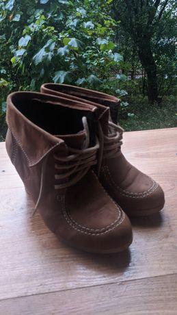Продаю Кожаные Женские Туфли