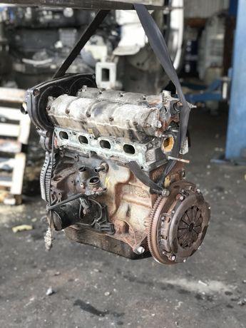 Фиат Добло Фіат Браво Пунто Стіло двигатель двигун мотор 1.6 16