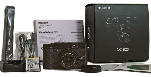 Câmara Fotográfica Fuji Film X10