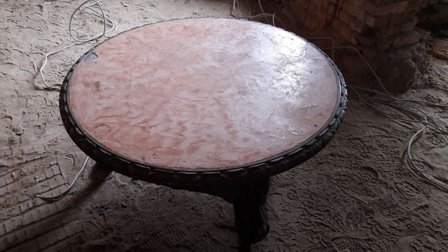 stół zabytkowy